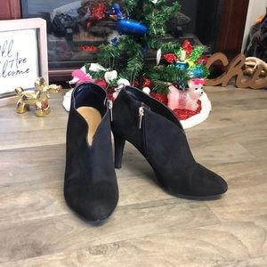 Black Ankle Booties With Heel